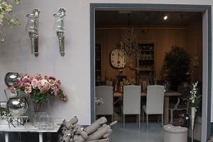 Decoratie gardenforum tongeren - Eigentijdse woonkamer decoratie ...